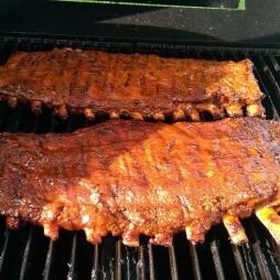 Barbecue-s sertésoldalas