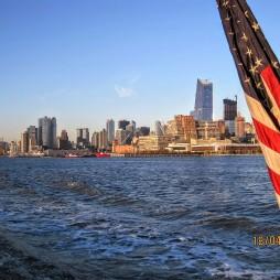 Hudson River, Harbor Light Cruise