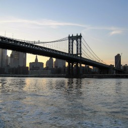 Manhattan Br., East River