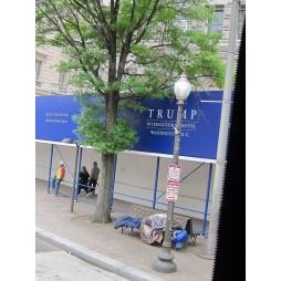 Mr Trump új szállodája épül + helyi csöves