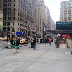 Madison Square Garden W33rd St. felől