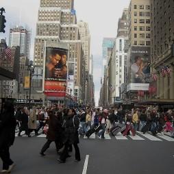 A City-ben mindig sietnek...