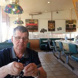 Lali kávézik a Kix on 66-ban