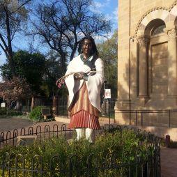 Szent Kateri Tekakwitha (1656-1680), a Mohawkok Lilioma. Az egyik a négy indián közül, akit a Katolikus Egyház tisztel és az első indián, akit szentté avattak (2012, XVI. Benedek pápa).