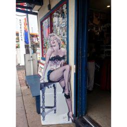 Marilyn nem hiányozhat...