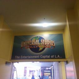 A Universal City egyik bejárata
