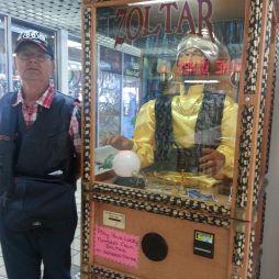 A Coney Island, NYC-ben nem találtuk meg Zoltar-t, de itt igen