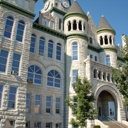 A viktoriánus korabeli Jasper County Courthouse (Megyei Bíróság), Carthage, MO