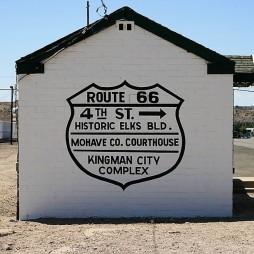 A Megyei Bíróság felé..., Kingman, AZ
