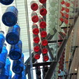 A Pops 66 üvegpolcai. Arcadia, OK
