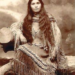 Ifjú cherokee hölgy