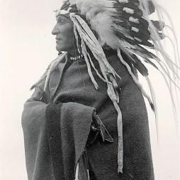 Lazy Boy Feketelábú főnök, 1914.