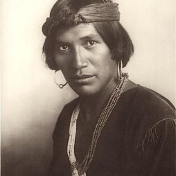 Pedro Begay, Navaho, AZ ca. 1900, Fotó: Carl Moon.