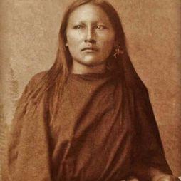 Síksági apacs lány, 1890.