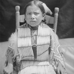 Suzie Cedar, 1907.