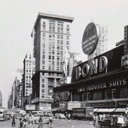 1948-ban a Time Square / 7th Ave.