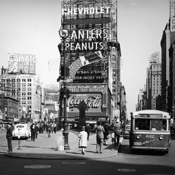 1941-ben a Times Square Broadway / 7th Ave.